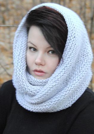 """Снуд-шарф серый  """" Перламутр"""" (полушерсть) ручной работы на заказ"""