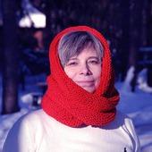 """Снуд-шарф """"Яблоки на снегу"""" (полушерсть)"""