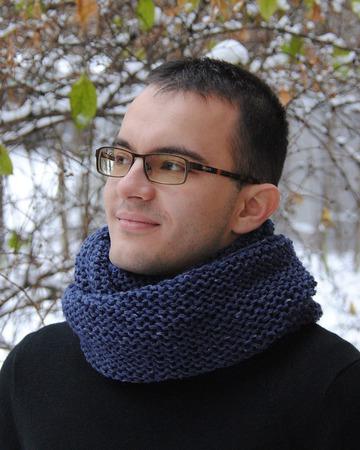 Мужской шарф-снуд темно-синий меланж (полушерсть) ручной работы на заказ