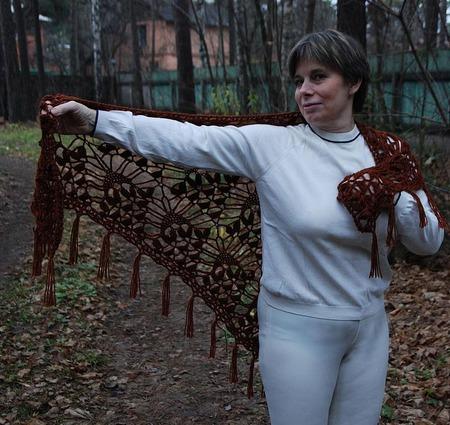 """Шаль """"Чародейка"""" коричневая из полушерсти ручной работы на заказ"""