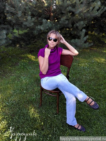 Женская безрукавка цвета фуксии ручной работы на заказ