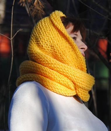 """Снуд-шарф ярко-желтый """"Мимоза""""  ( полушерсть) ручной работы на заказ"""