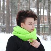 """Снуд-шарф ультра салатового цвета """"Неон"""" (полушерсть)"""