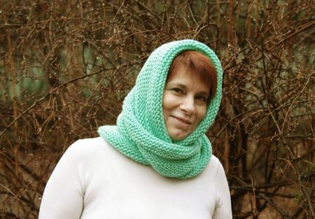 """Снуд-шарф мятного цвета  """"Весна"""" (акрил) ручной работы на заказ"""