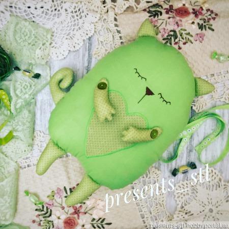 Подушка-сплюшка ручной работы на заказ