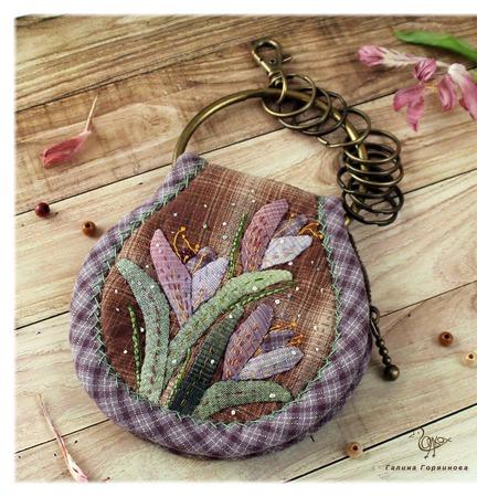 Крокусы, Ключница из ткани ручной работы на заказ