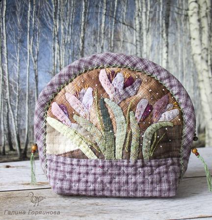 Японская косметичка Первоцветы, японский пэчворк ручной работы на заказ
