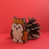 Собачка из дерева