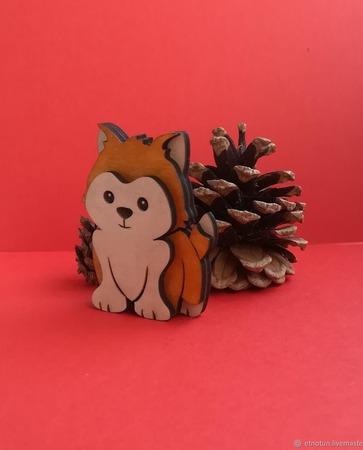 Собачка из дерева ручной работы на заказ
