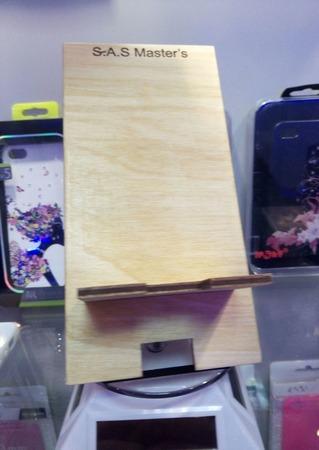 Подставка под телефон, и акссесуары ручной работы на заказ