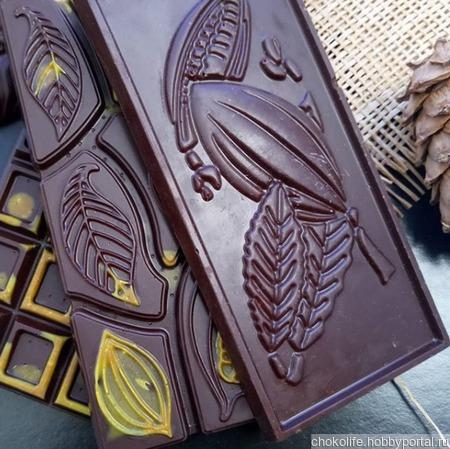 Цветной шоколад ручной работы ручной работы на заказ