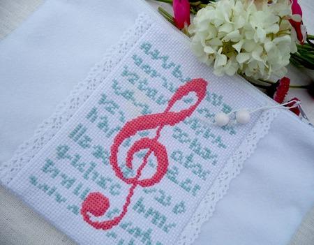 Косметичка Скрипичный ключ,косметичка в подарок,музыка, белый, розовый ручной работы на заказ