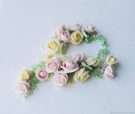 """Кулон и браслет """"Нежные розы"""" ручной работы на заказ"""