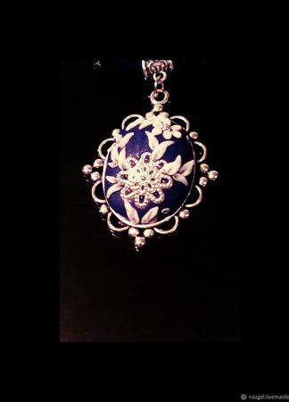 Кулон Морозко из полимерной глины ручной работы на заказ