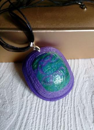 Кулон Весенний вальс из полимерной глины ручной работы на заказ