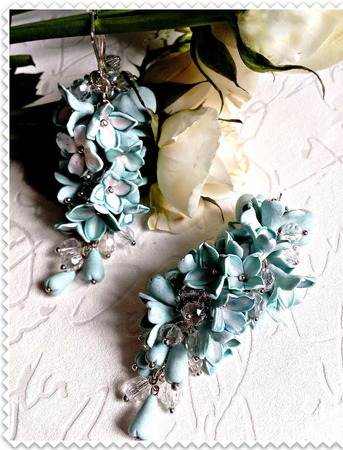 Серьги Мятные грозди из полимерной глины ручной работы на заказ