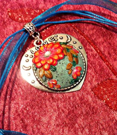 Кулон Валентинка из полимерной глины ручной работы на заказ