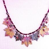 Украшение Осенние листья клена из полимерной глины