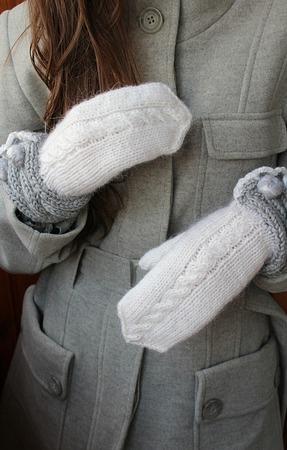 """Рукавички  """"Белый снег"""" ручной работы на заказ"""