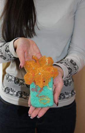"""Чехол валяный  """"Осенняя бабочка"""" ручной работы на заказ"""