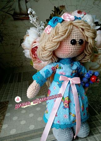 Вязаная кукла виола ручной работы на заказ