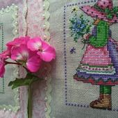 Картина в детскую Юные садовницы, картина в подарок девочке, весна.