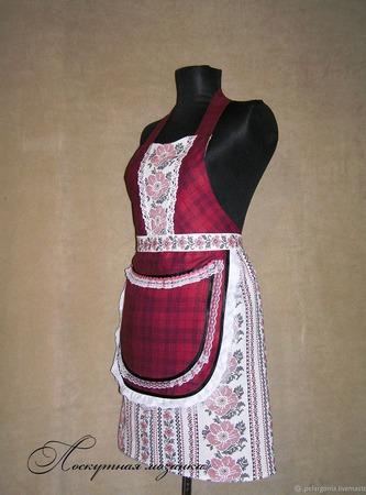 """Фартук женский  """"Бордовый льняной с вышивкой"""", ручной работы на заказ"""