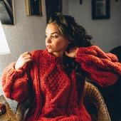 Вязаный свитер крупной вязки ручной работы в Ульяновске