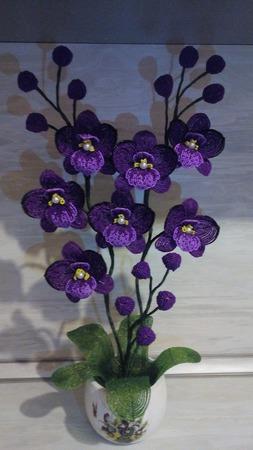 Орхидея из бисера ручной работы на заказ
