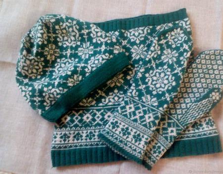 Комплект вязаный зеленый жаккардовый ручной работы на заказ