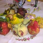 Текстильные интерьерные яблоки и груши