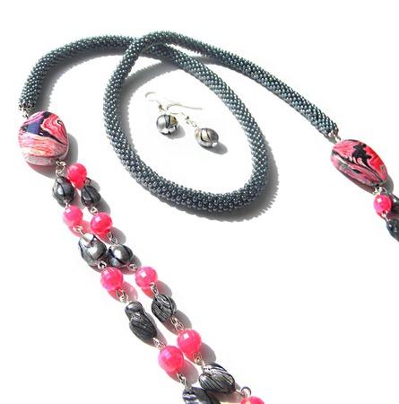 """Колье """"Pink-and-gray"""", серо-розовый ручной работы на заказ"""
