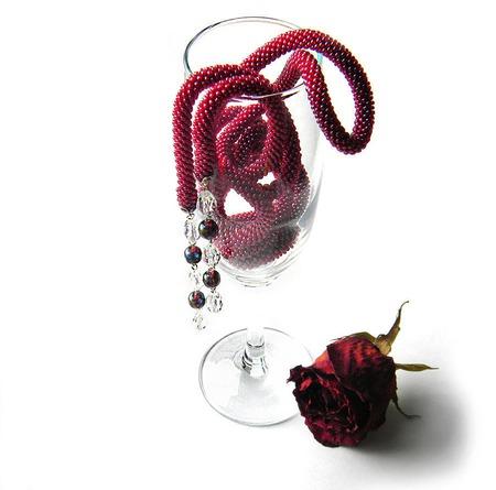 """Лариат из бисера """"Сherry"""", винный ручной работы на заказ"""