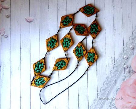 Бусы - лонгур Скарабей - украшение на каждый день точечная роспись ручной работы на заказ