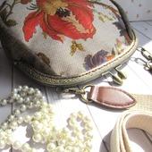 """""""Зачарованный сад"""" сумочка на длинном ремешке"""