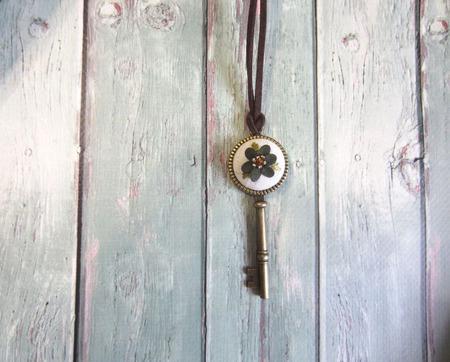 Ключ - кулон ручной работы на заказ