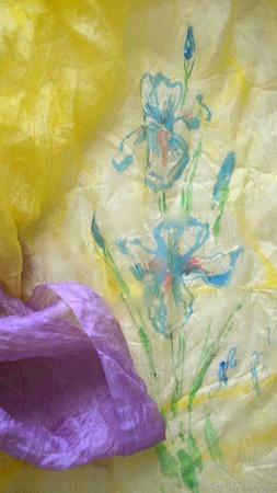 """Шелковый палантин батик """"Синие ирисы"""" натуральный шелк ручной работы на заказ"""