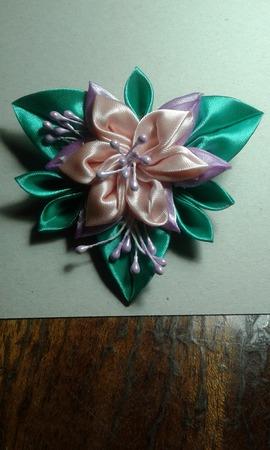 Весенний цветок ручной работы на заказ