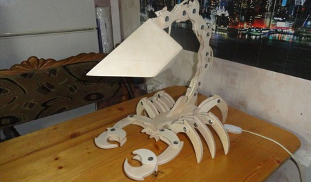 Настольная лампа - СКОРПИОН ручной работы на заказ