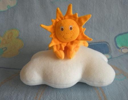 Комплект для малыша комфортер Солнышко и подушка-облачко ручной работы на заказ