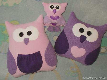 Подушка-игрушка Фиалковая Совушка ручной работы на заказ