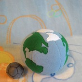 Развивающие мячики Земля и Луна