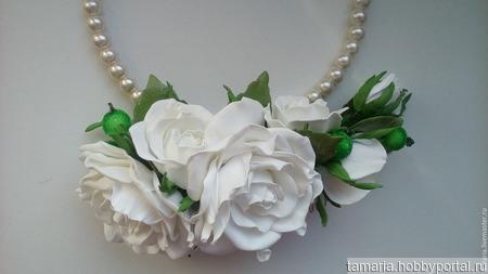 """Эксклюзивный гребень для волос """" Белые розы"""" ручной работы на заказ"""
