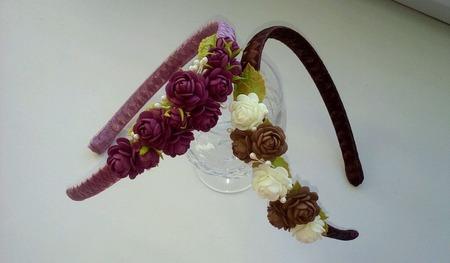 Ободок для волос с маленькими розочками в ассортименте ручной работы на заказ