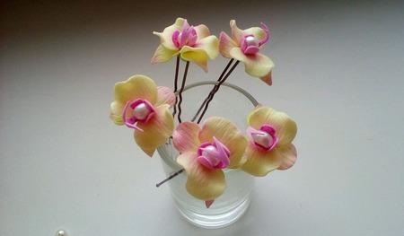 Маленькие орхидеи на шпильках с натуральным жемчугом ручной работы на заказ