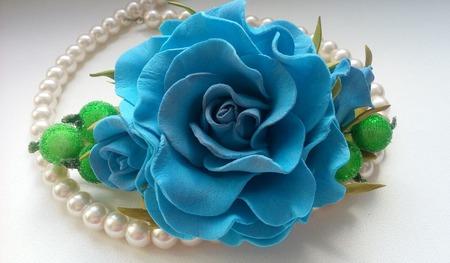 "Заколка ""Голубая роза"" ручной работы на заказ"