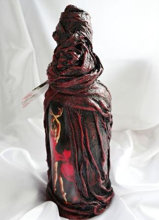 Декупаж бутылки Кармен. Подарочное оформление ручной работы на заказ