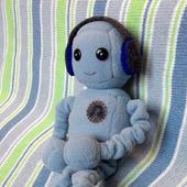 Кукла робот Денни