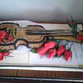Скрипка с конфетами