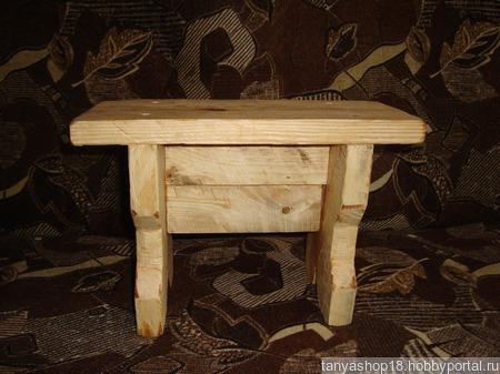 Скамеечка из дерева ручной работы на заказ